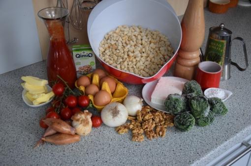 Semmelknödelmuffins mit Tomatensauce (1)