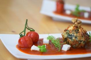 Semmelknödelmuffins mit Tomatensauce (11)