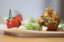 Semmelknödelmuffins mit Tomatensauce (25)