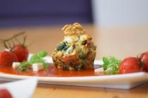 Semmelknödelmuffins mit Tomatensauce (29)