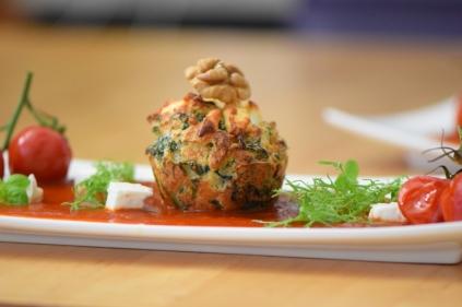 Semmelknödelmuffins mit Tomatensauce (31)