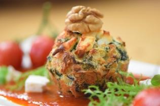 Semmelknödelmuffins mit Tomatensauce (32)