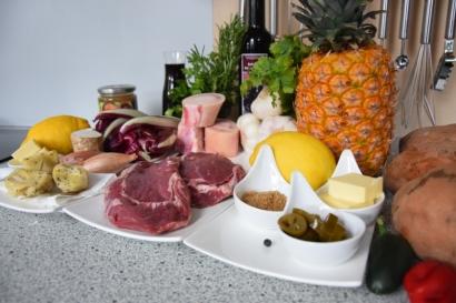 Bison mit gebratenem Radicchio-Artischocken-Salat (1)