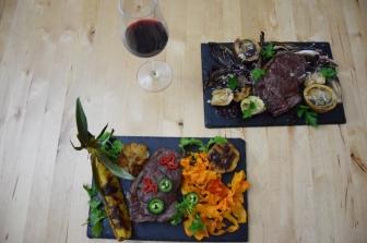 Bison mit gebratenem Radicchio-Artischocken-Salat (10)
