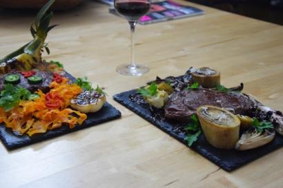 Bison mit gebratenem Radicchio-Artischocken-Salat (12)
