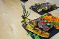 Bison mit gebratenem Radicchio-Artischocken-Salat (16)