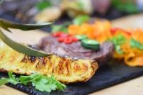 Bison mit gebratenem Radicchio-Artischocken-Salat (18)