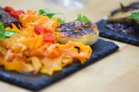 Bison mit gebratenem Radicchio-Artischocken-Salat (19)