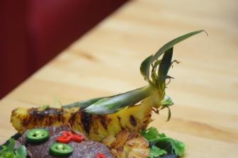 Bison mit gebratenem Radicchio-Artischocken-Salat (22)