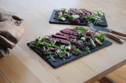 Bisonsteak mit Pekannüsse-Rucola-Salat (12)