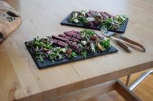 Bisonsteak mit Pekannüsse-Rucola-Salat (13)