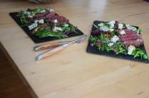 Bisonsteak mit Pekannüsse-Rucola-Salat (15)