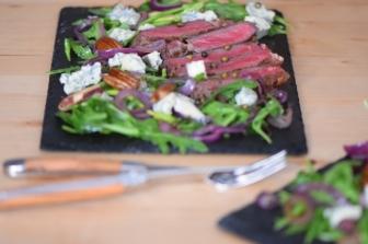 Bisonsteak mit Pekannüsse-Rucola-Salat (22)