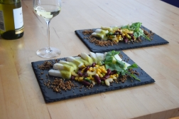 Heilbutt-Ceviche mit Stangensellerie-Passionsfrucht-Sauce (17)