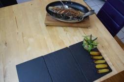Lachsforelle mit grünem Spargel und Pfefferbutter(6)