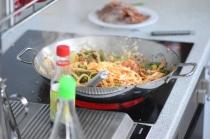 Rindfleisch aus dem Wok mit Reis und Gemüse (15)