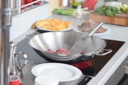Rindfleisch aus dem Wok mit Reis und Gemüse (6)