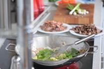 Rindfleisch aus dem Wok mit Reis und Gemüse (8)