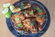 Scharfe Hähnchenkeulen mit Papaya-Mango-Salsa (5)