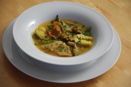 Scharfe Nudel-Pilzsuppe (9)