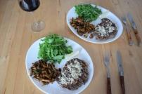 Steak mit Eierschwammerl und Rucola (3)