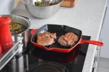 Steak mit Salat und Ofenpommes (6)
