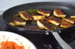 Gebratener Zander auf Paprikakraut und Welschrieslingschaum (8)