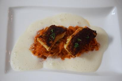 Gebratener Zander auf Paprikakraut und Welschrieslingschaum (9)