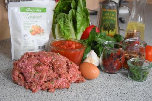 Hackfleischbällchen in Tomatensoße (1)
