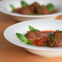 Hackfleischbällchen in Tomatensoße