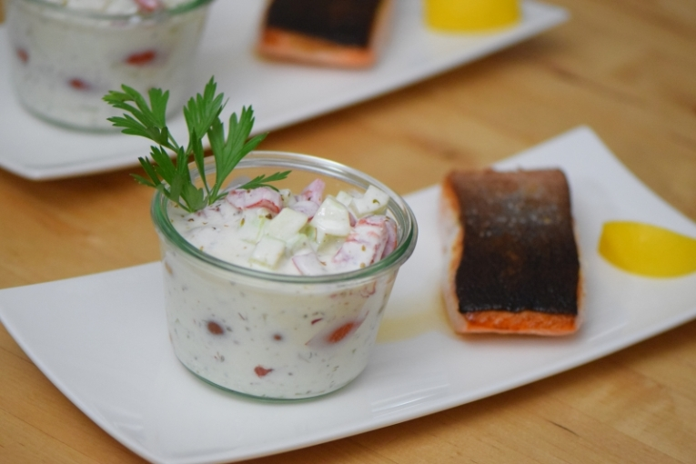 Lachs mit Tomaten-Tsatsiki (4)
