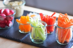 Sesam-Nuss-Dip mit Gemüse (9)