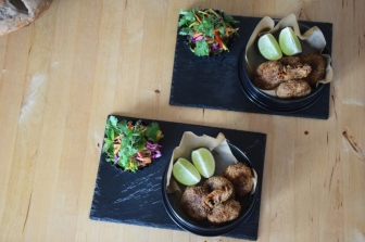 kalbsfleischkroketten-mit-krautsalat-11