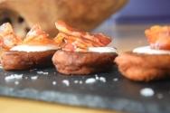 suskartoffelpuffer-mit-kefir-und-speckstreifen-10