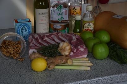 schweinebauch-mit-kurbispuree-und-apfel-walnuss-salsa-1