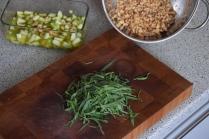 schweinebauch-mit-kurbispuree-und-apfel-walnuss-salsa-5