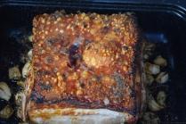 schweinebauch-mit-kurbispuree-und-apfel-walnuss-salsa-6