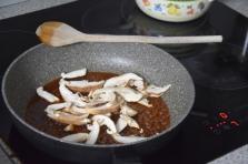 steak-mit-shiitake-ketchup-und-grillgurken-4