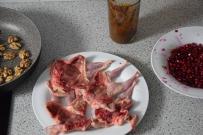 wachteln-mit-miso-karamell-und-granatapfel-walnuss-salsa-4