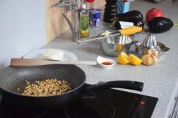 auberginen-wedges-mit-safran-kefir-sauce-2