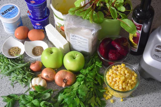 estragon-kuchlein-und-rote-bete-salat-mit-apfel-1