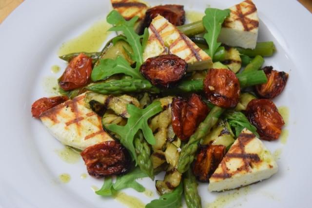 gegrillter-manouri-spargel-und-zucchini-8