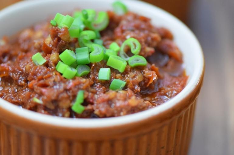 sellerie-schnitzel-mit-suskartoffel-dip-und-tomaten-dip-10