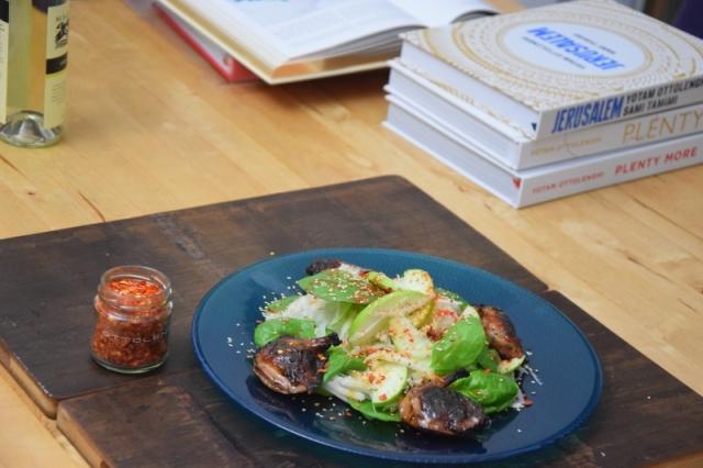 wachteln-mit-apfel-kohlrabi-salat-im-miso-dressing-6