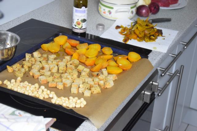 huferlsteak-mit-gelber-bete-fenchel-salat-2