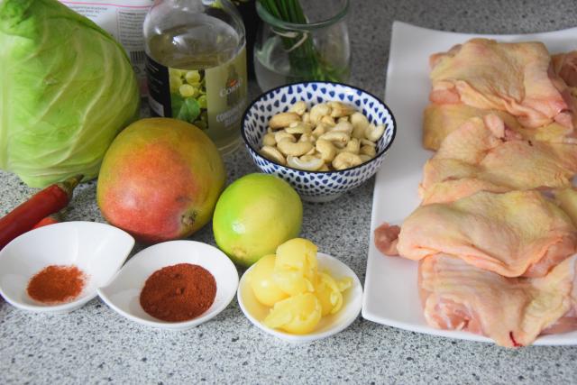 gebratenes-hahnchen-mit-mango-spitzkohlsalat-1