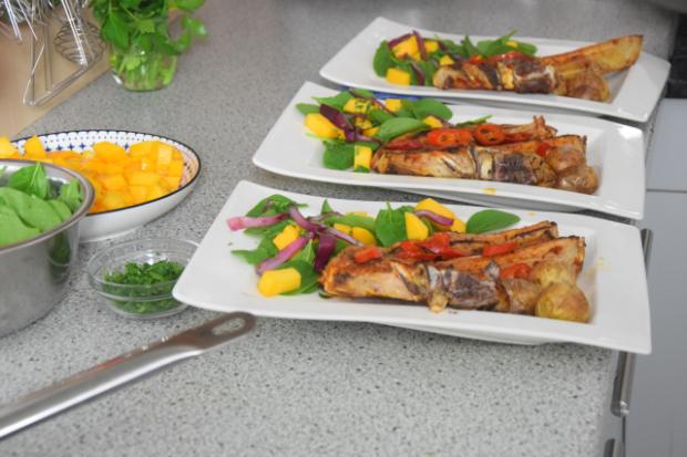 kalbskotelett-mit-chili-mangosalat-6