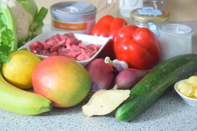 bananen-mango-rind-gurkensalat-1