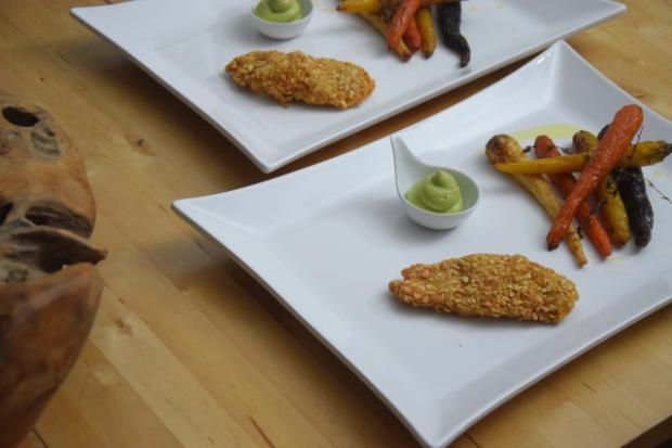 hahnchen-mit-avocado-creme-konfierte-karotten-7