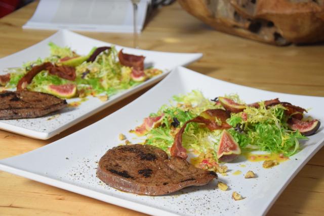 kalbsleber-mit-feigen-frisee-salat-6